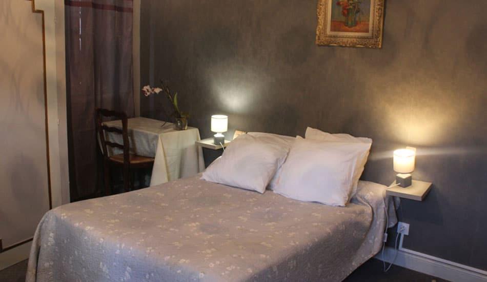Hôtel de la poste à Oust - chambre ariège occitanie